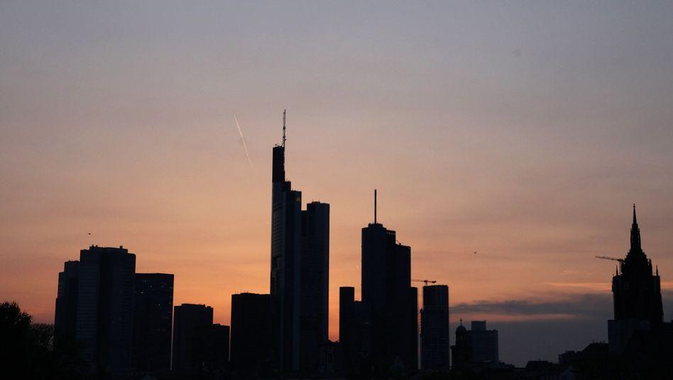Frankfurter Skyline: Ist die Krise nun vorbei?