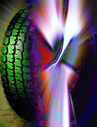 """""""Sexy Tire"""" von Erich Fritz: Reifen als Objekt der Begierde"""