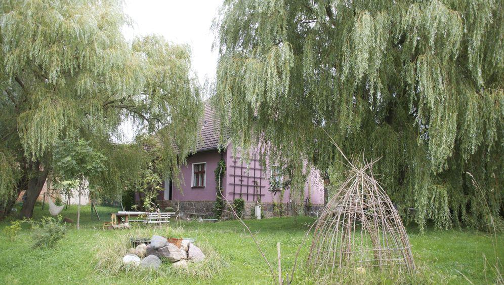 Wochenendprojekt einer Clique: Haus am See