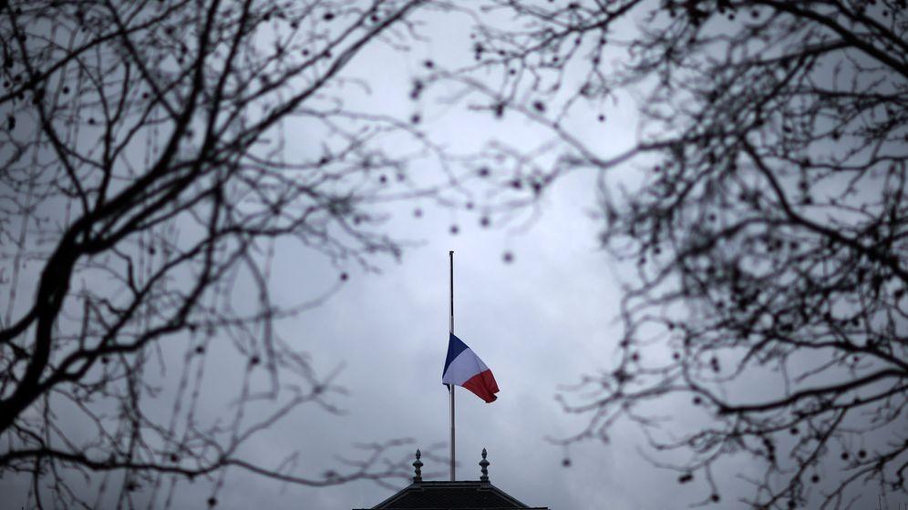 Anschlag auf Charlie Hebdo: Frankreich trauert und fürchtet die Spaltung