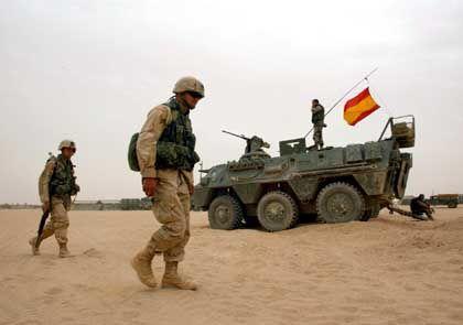 Spanische und US-Soldaten im Irak: Abzugsorder als politische 1000-Kilo-Bombe