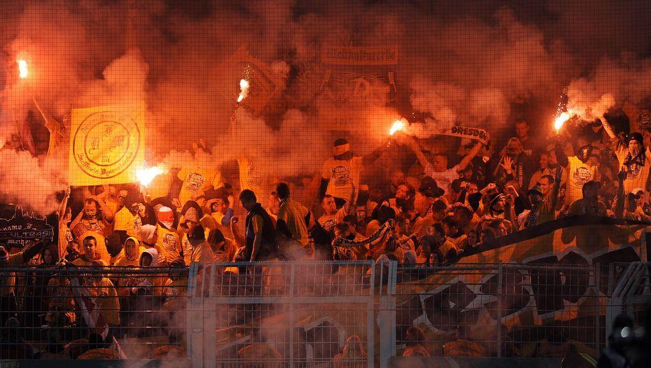 Fan-Randale in Dortmund: Dynamo Dresden droht jetzt die Maximalstrafe