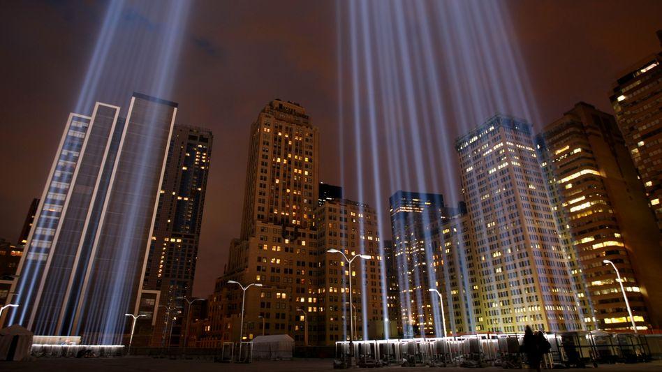 Licht-Installation auf Ground Zero: Kerzenwache für die Opfer des Anschlags