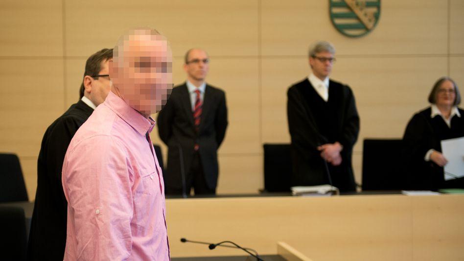Angeklagter Detlev G.: Mord ja, lebenslang nein