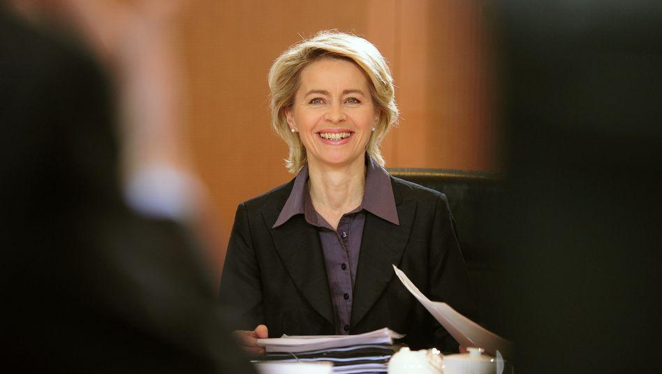 """Arbeitsministerin von der Leyen (CDU): """"Wir sind das Land des langen Lebens"""""""