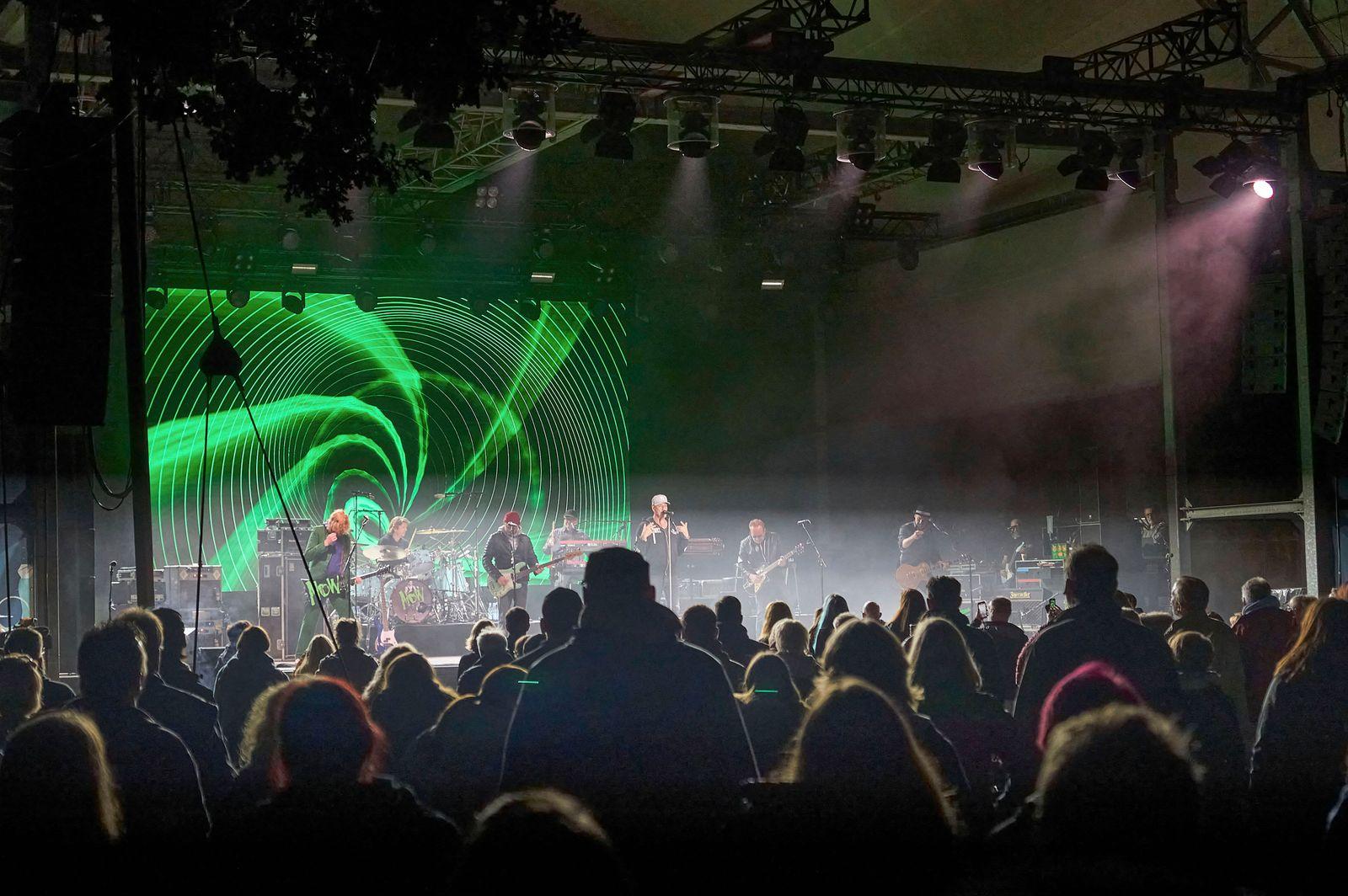 Testkonzert mit Fury in the Slaughterhouse im Rahmen der Konzertreihe Back to Culture in Verbindung mit einer Teststudi