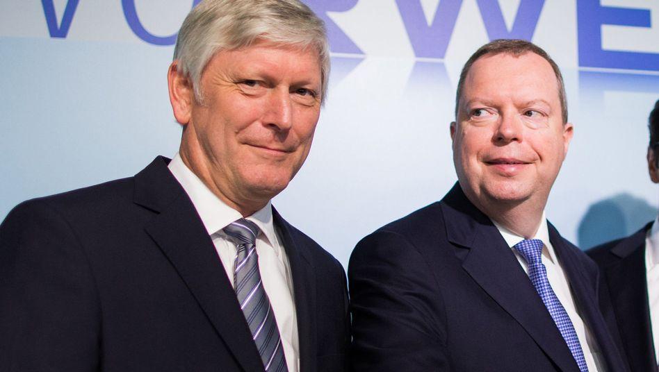 RWE-Manager Schmitz (l) und Terium (r): Neuer fürs Alte, Alter fürs Neue