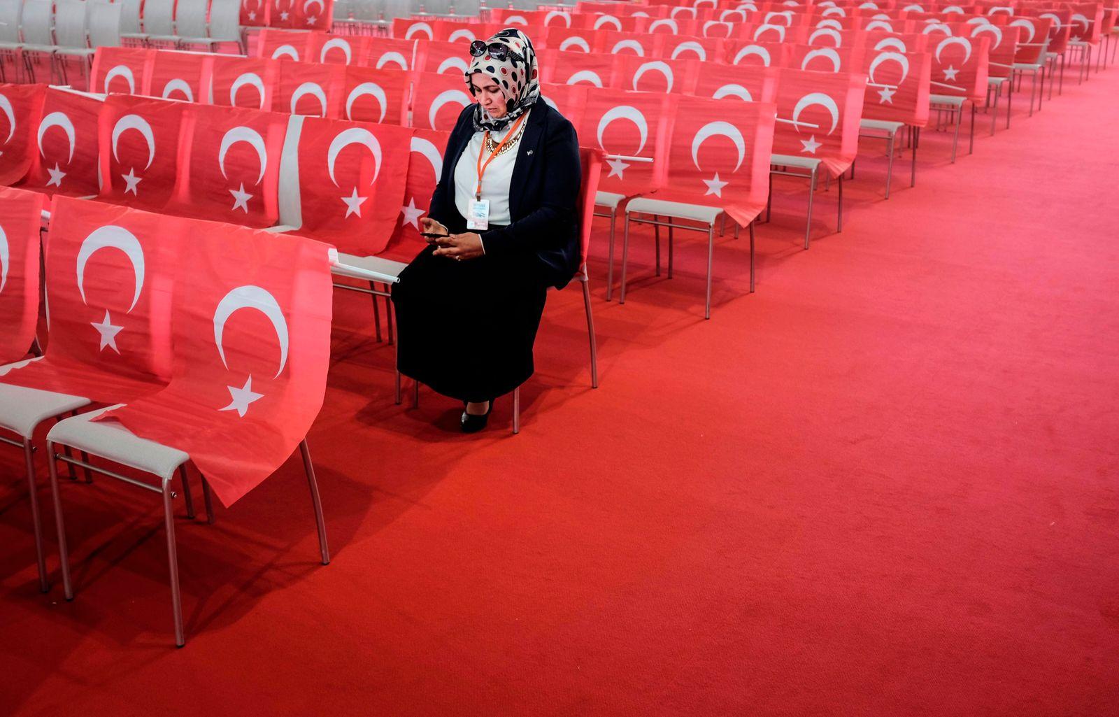 FILES-AUSTRIA-TURKEY-ELECTION-BAN