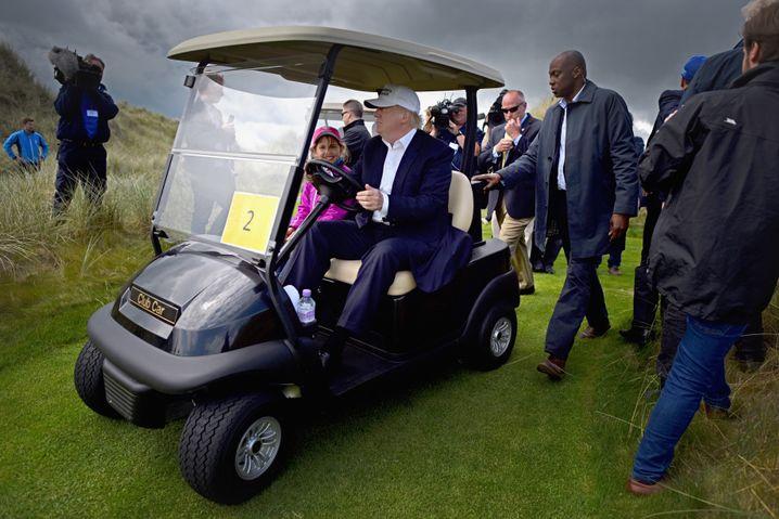 Trump auf seinem Golfkurs in Schottland