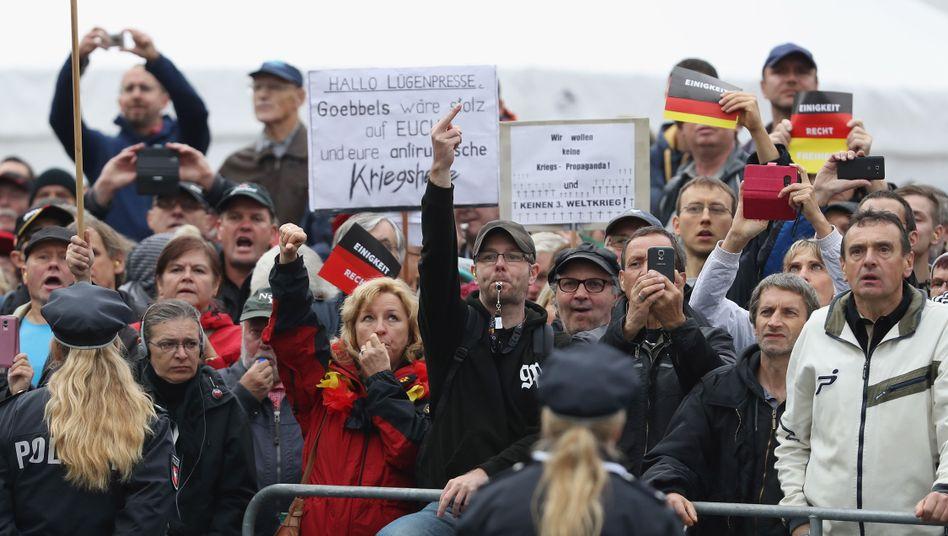 Demonstranten in Dresden