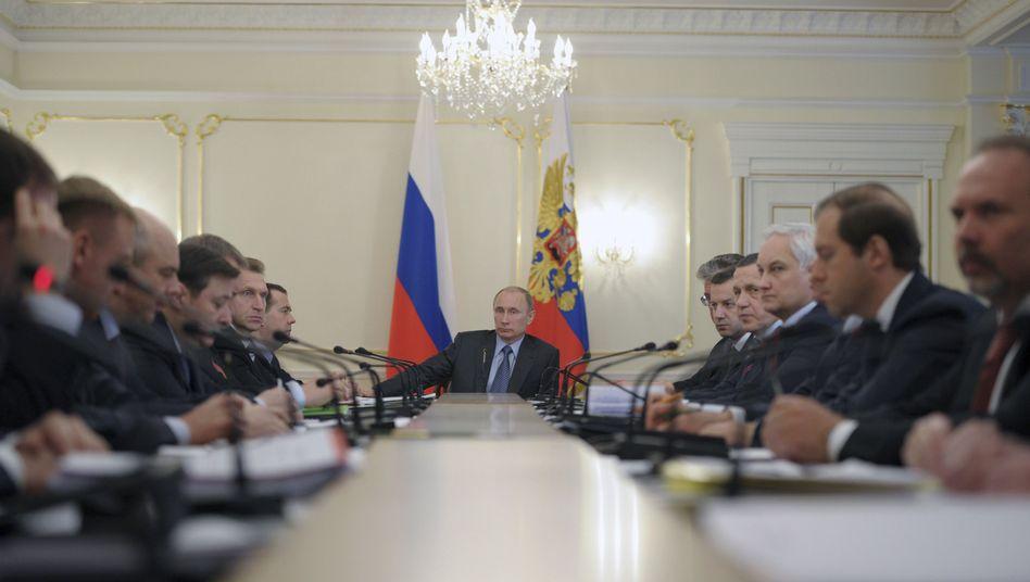 Russlands Präsident Putin: Protziges Gehabe