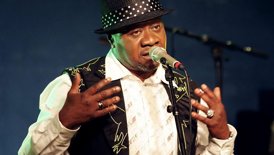 Papa Wemba auf der Bühne (Archivfoto von 2006)