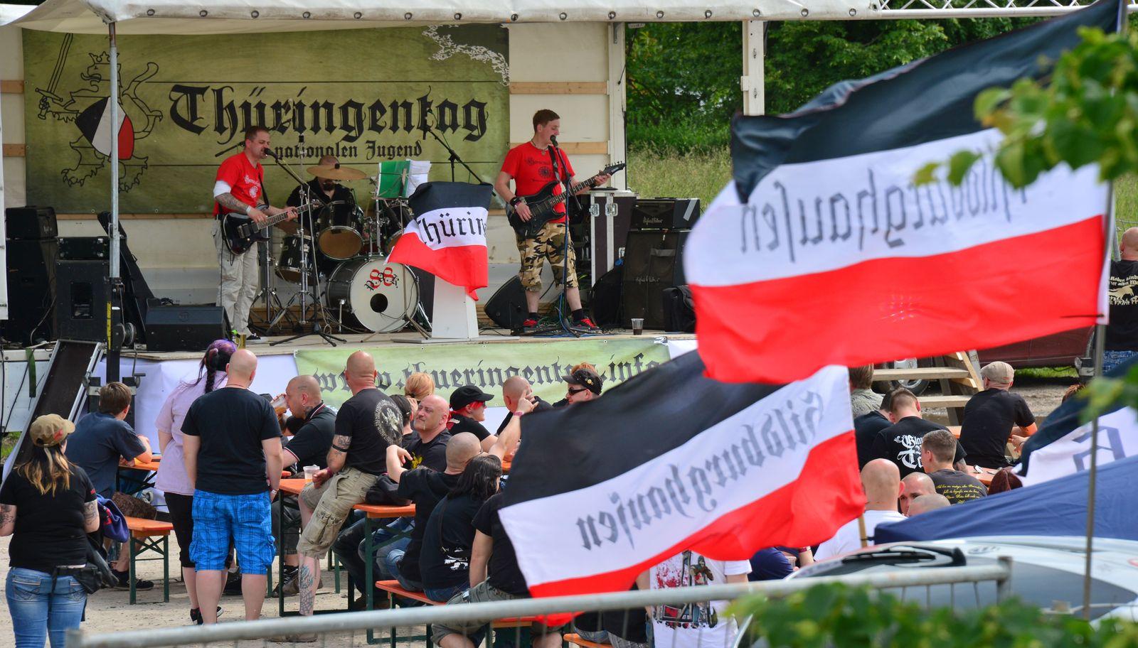 Thüringen/ Kahla/ Fremndenfeindlichkeit, Nazis