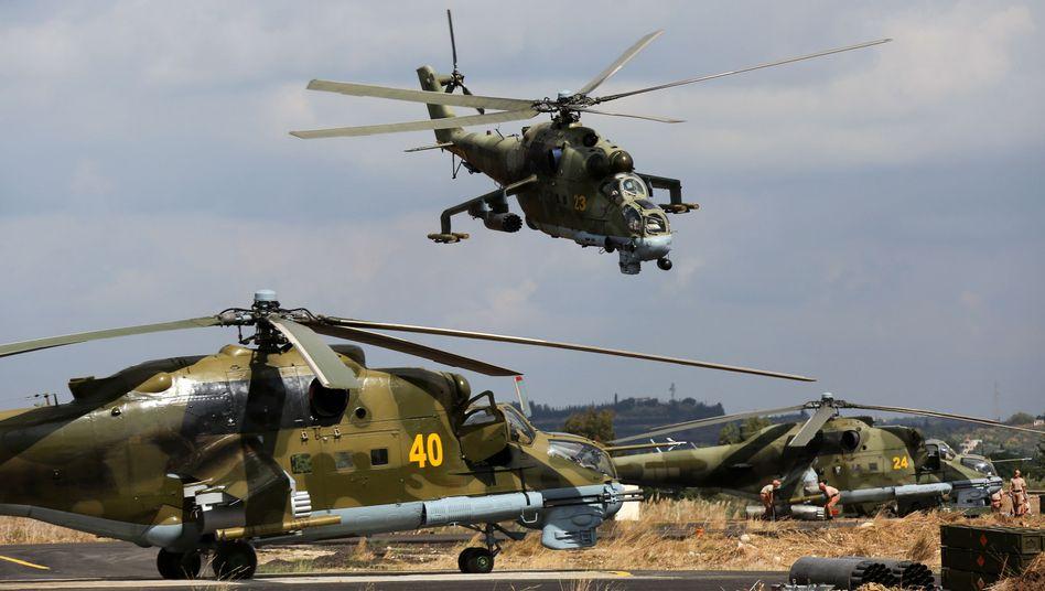 Russische Kampfhubschrauber in Syrien im Oktober: Russland rüstet in Armenien auf