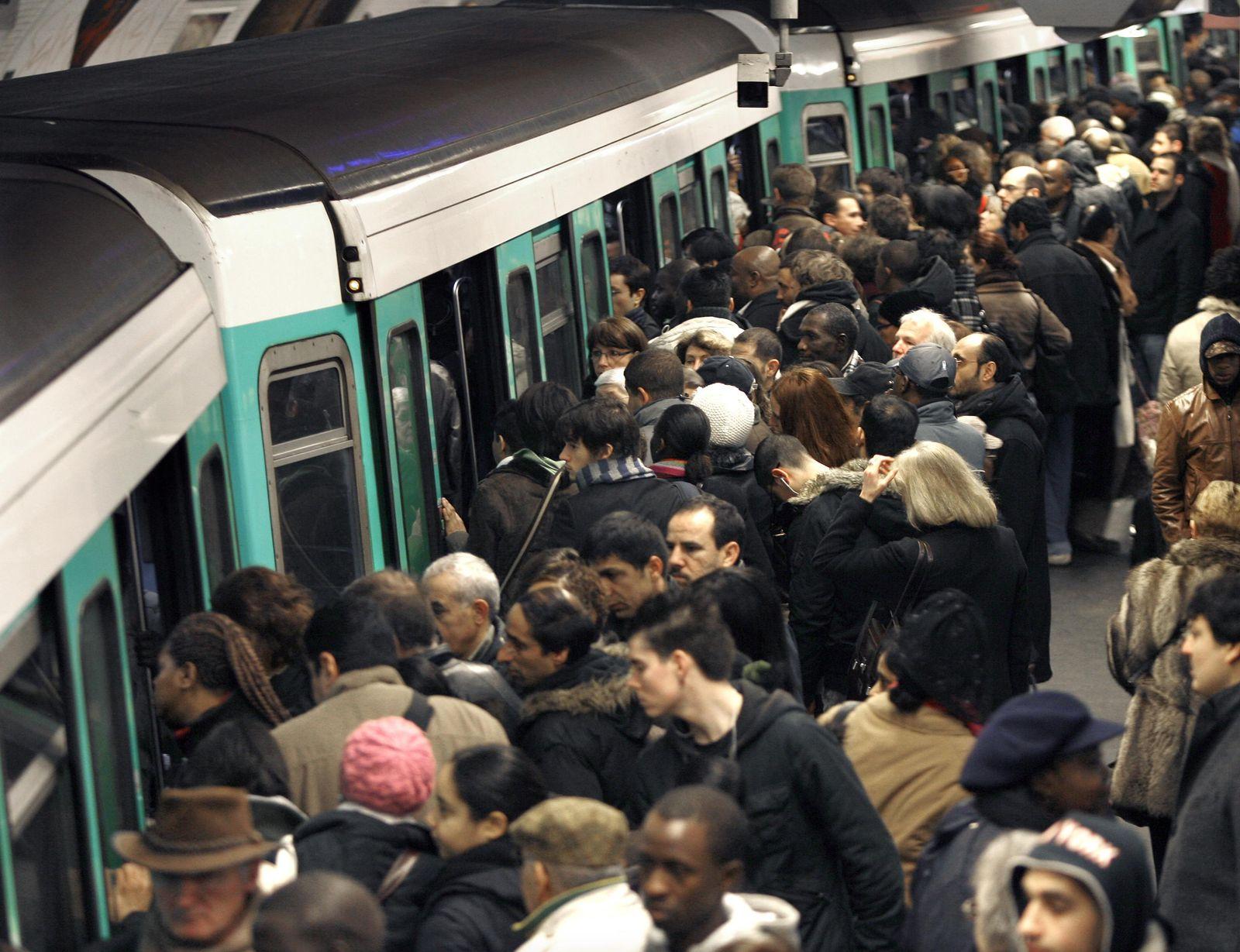 Framkreich / Metro / Paris