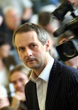 """Documenta-Leiter Buergel: """"Schaumkronen und Formenschicksale"""""""