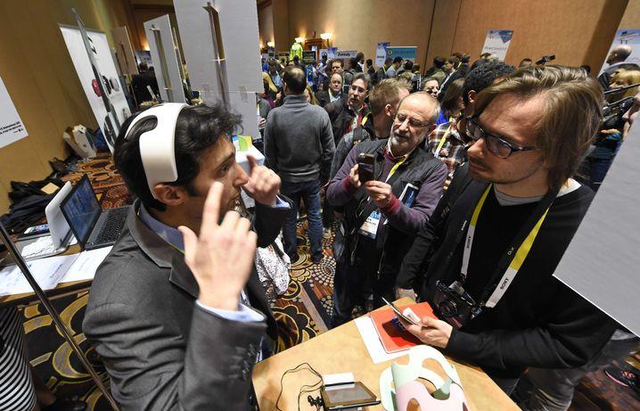 Stand von myBrain Technologies: Wellness-Gadget zur Entspannung