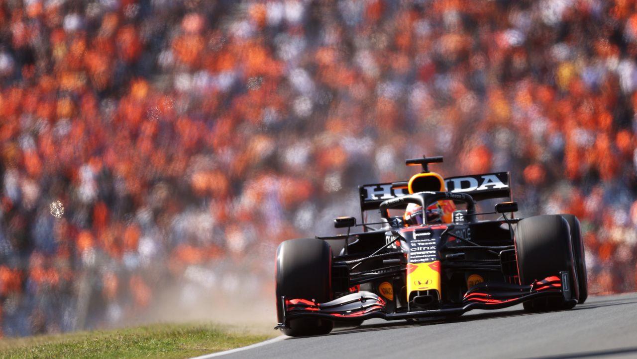 Photo of Formel 1: Max Verstappen fährt in Zandvoort zum Heimsieg, erobert WM-Führung zurück   derspiegel