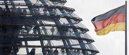 Besucher in der Reichstagskuppel: Hohes Ansehen für Deutschland