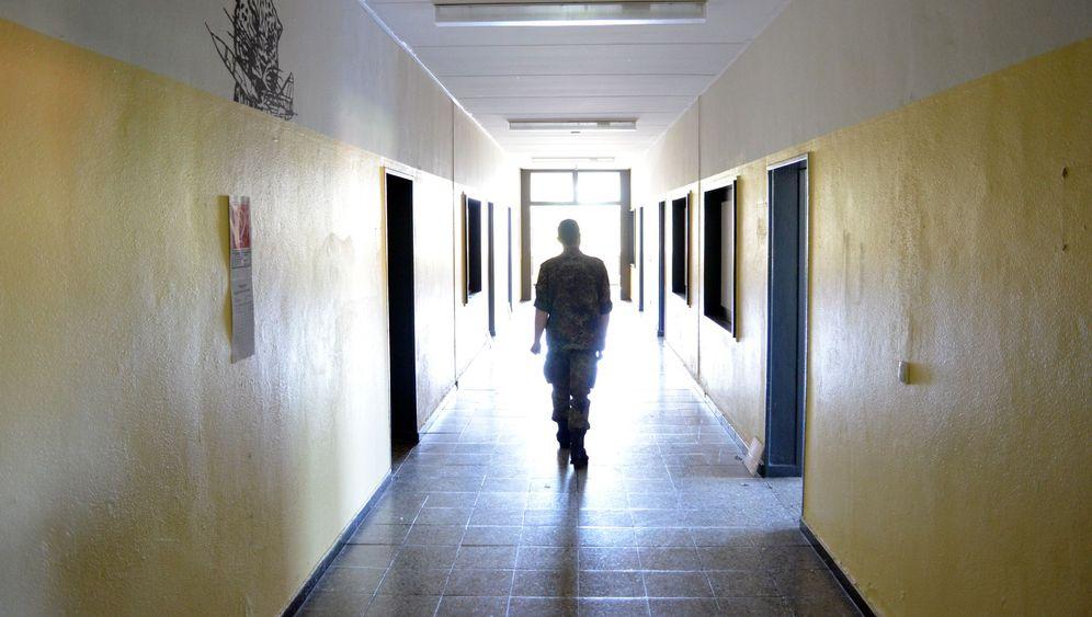 Bundeswehrreform: Panzer, Betten, Unimogs - eine Kaserne wird abgewrackt