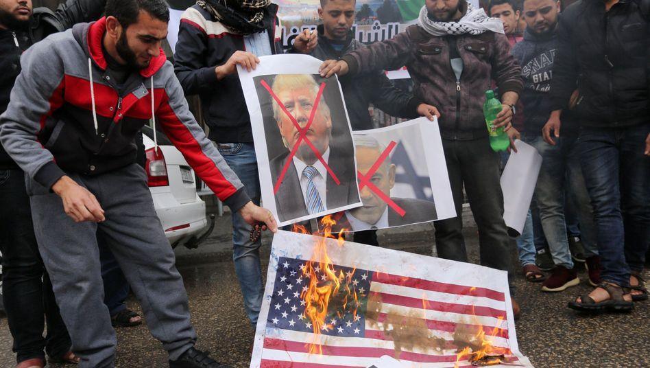 Protest gegen Donald Trump und Israel