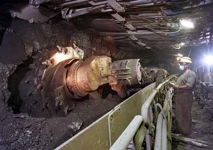 Steinkohleabbau: Bei einem Ausstieg 2012 müssen 10.600 Kohlekumpel gekündigt werden