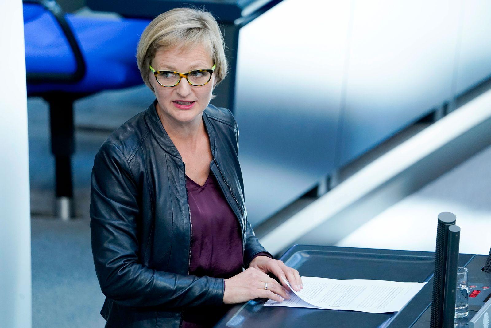 179. Bundestagssitzung im Reichstag in Berlin Aktuell, 30.09.2020, Berlin Dr. Franziska Brantner im Portrait bei ihrer