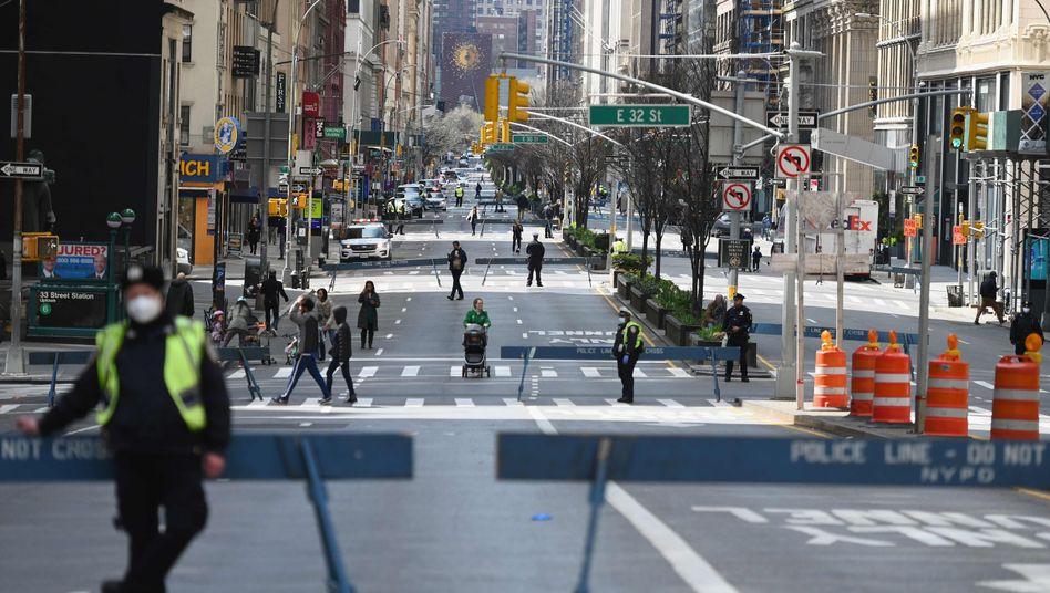 Die Stadt erstarrt in Angst, Krankenhäuser sind überlastet: New York City in der Coronakrise