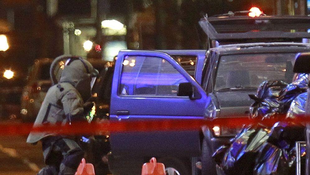 Times Square: Polizei entschärft Autobombe