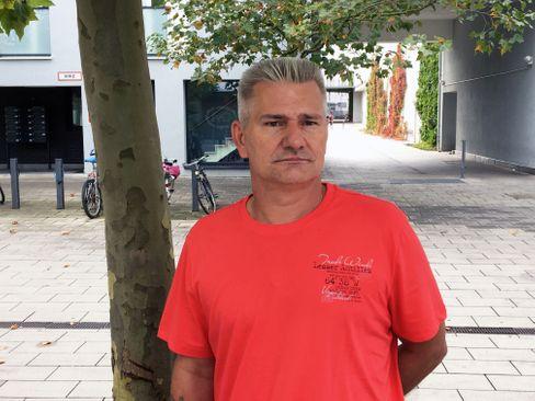 "Überlebender Robert Höckmayr: ""Als Simulant abgetan"""