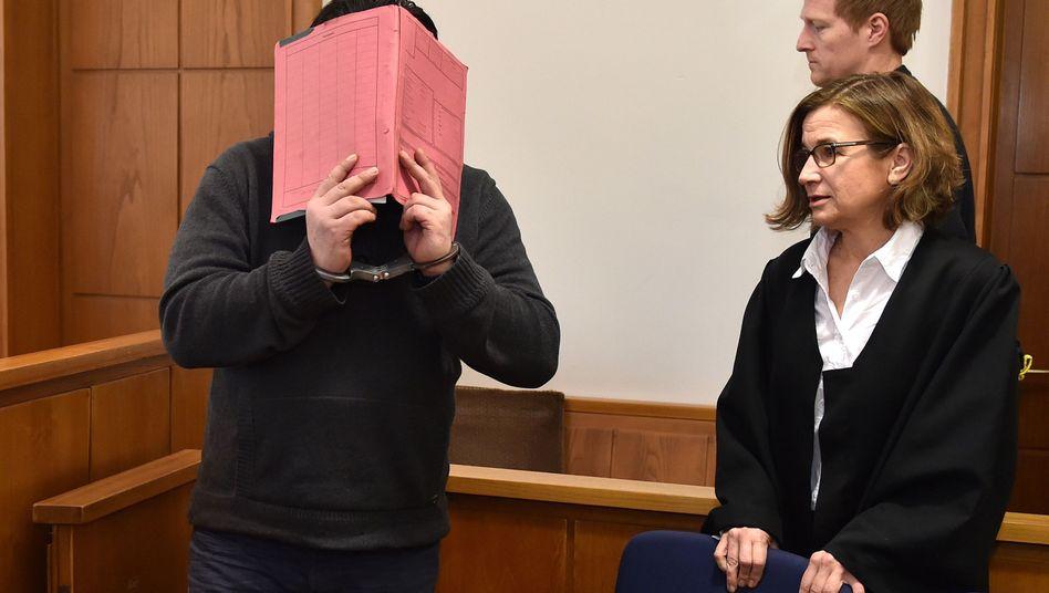 Niels H. vor Gericht (Archiv): Der Ex-Pfleger wurde 2015 zu lebenslänglich verurteilt