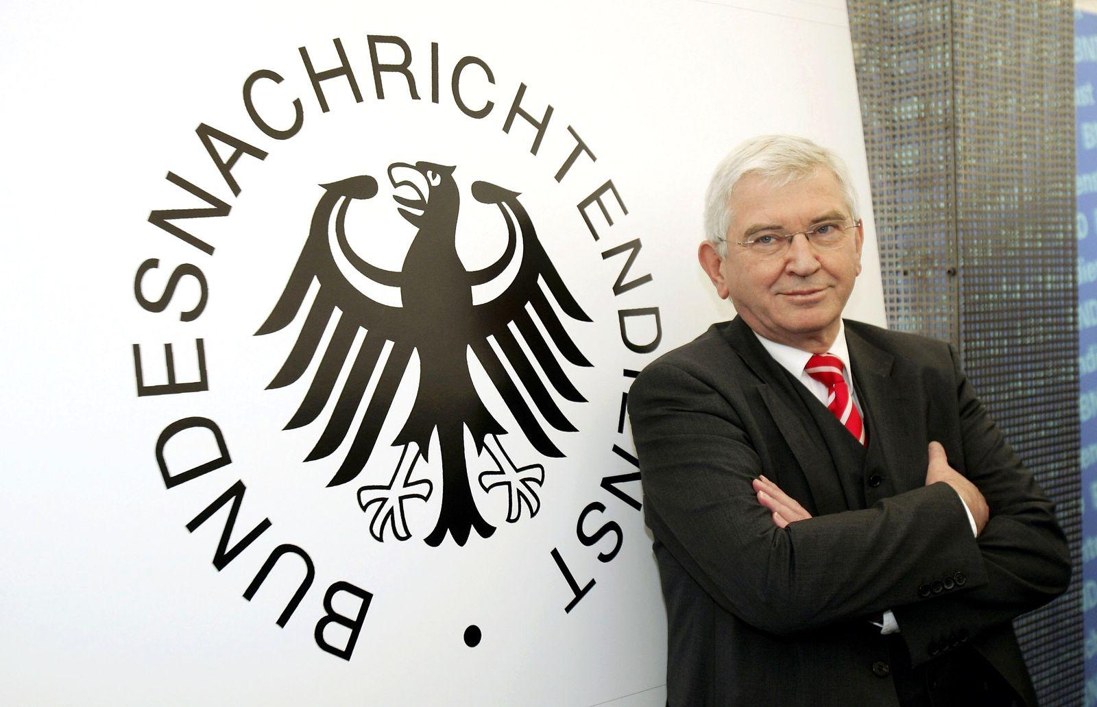Ernst Uhrlau / BND