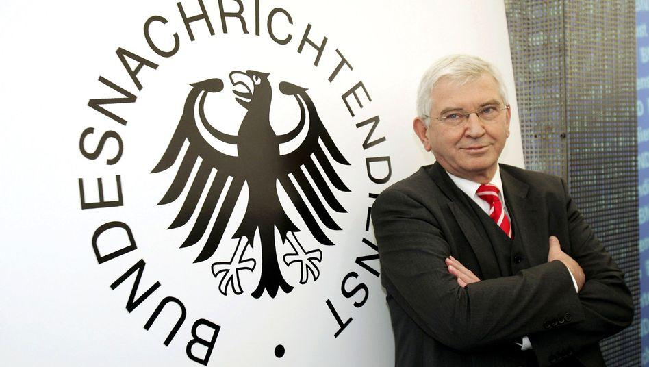 BND-Chef Ernst Uhrlau: Historikerkommission soll die Geschichte des Dienstes erforschen