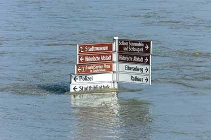 In der Elbstadt Pirna steht das Wasser zwei Meter hoch
