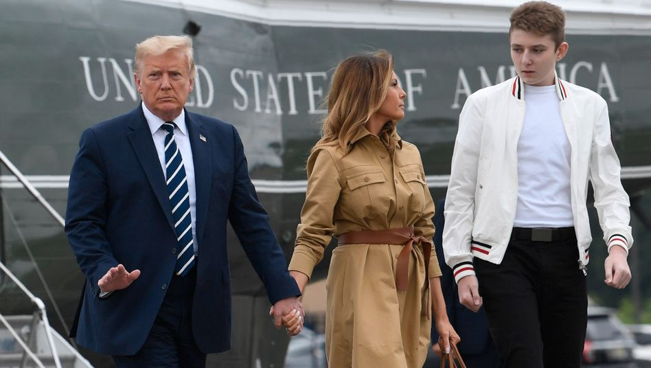 US-Präsident Donald Trump mit Frau Melania und Sohn Barron (Archivfoto)