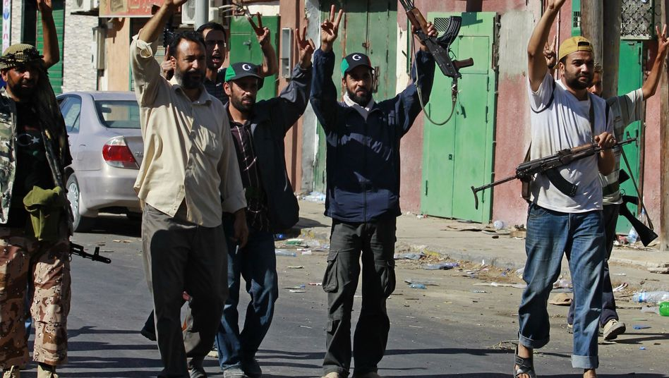 Rebellen auf dem Vormarsch: Aufständische in der Hafenstadt Sawija