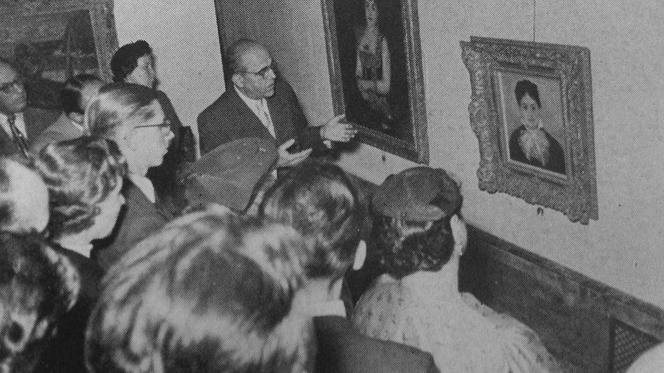 Hildebrand Gurlitt guides a tour through the Sao Paulo exhibition in 1954.