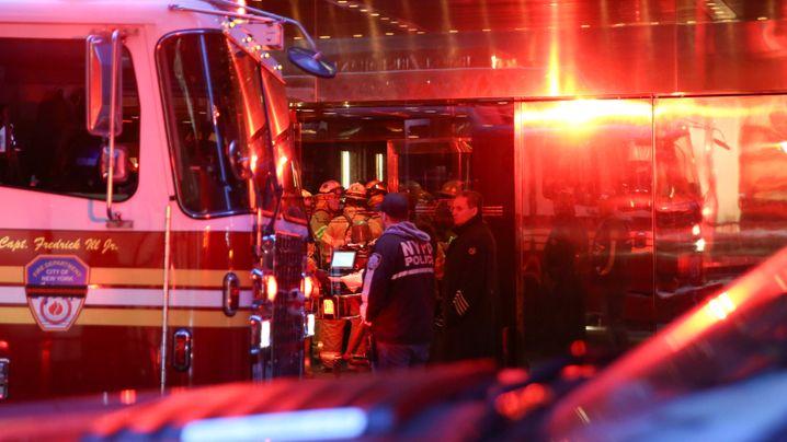 New York: Feuer im Trump Tower