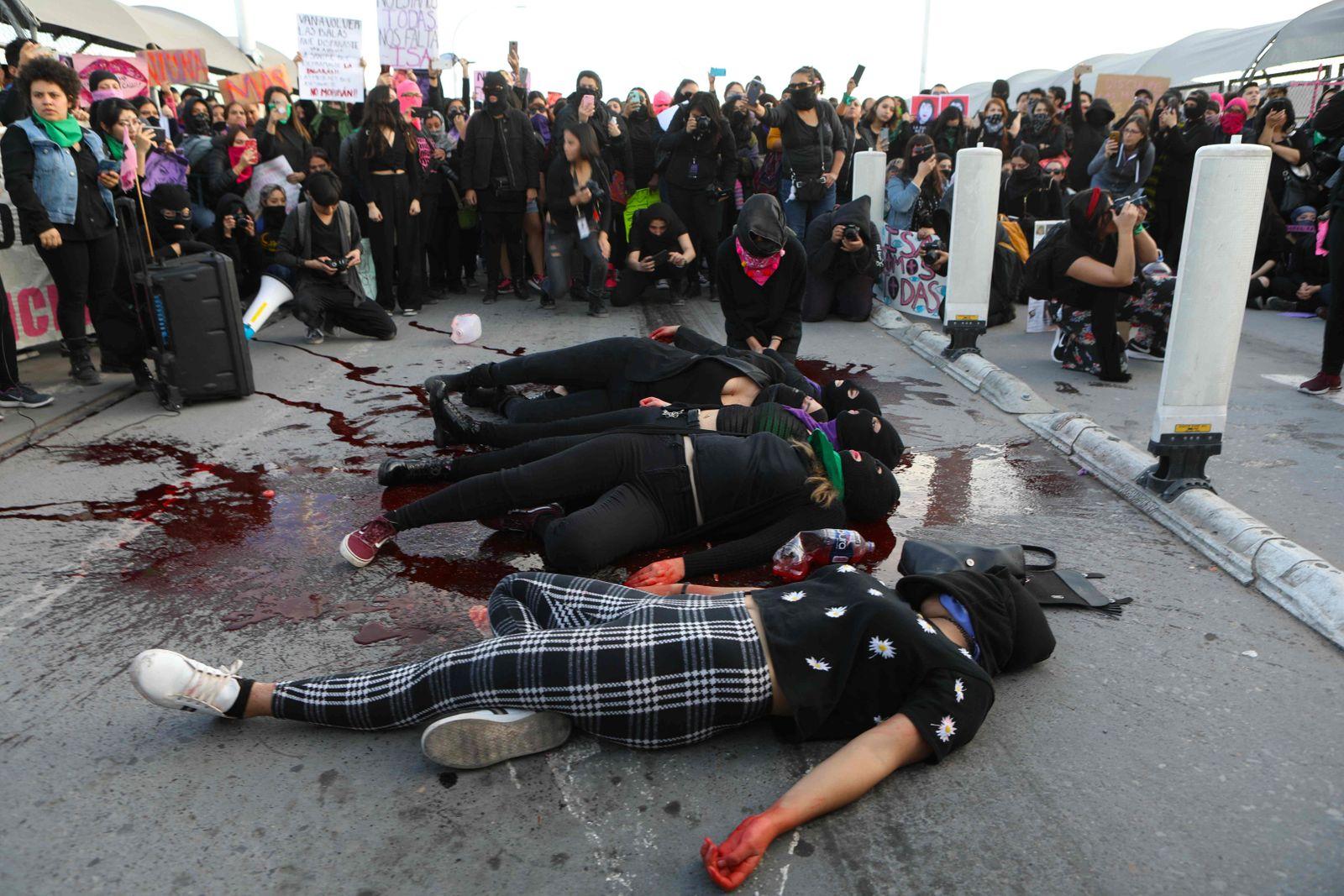 MEXICO-CRIME-VIOLENCE-WOMEN-PROTEST