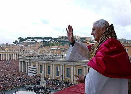 Papst Benedikt XVI.: Joseph Ratzinger ist der erste Deutsche auf dem Stuhl Petri seit fast 500 Jahren