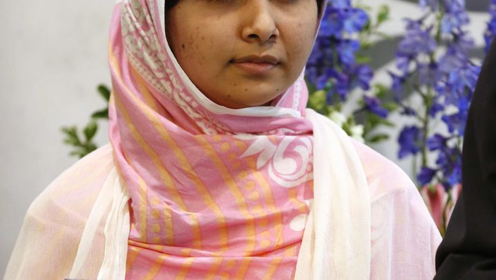 Malala Yousafzai: Schülerin, Opfer, Heldin