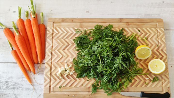 Kochen ohne Kohle –Karottengrünpesto