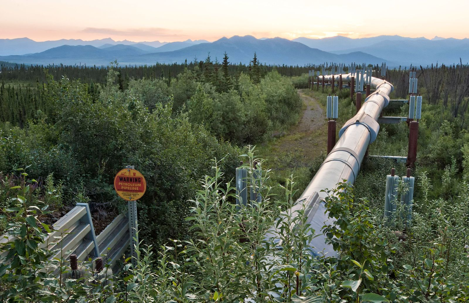 Alyeska Oil Pipeline from Prudhoe Bay to Valdez Alaska this coastal plain is threatened by potential oil and gas develop