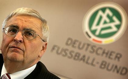"""DFB-Präsident Zwanziger: """"An das Ganze nie gewöhnen"""""""