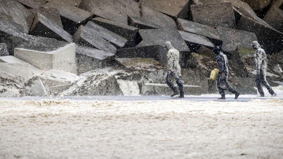 Militär am Strand bei Scheveningen: Suche nach totem Surfer eingestellt