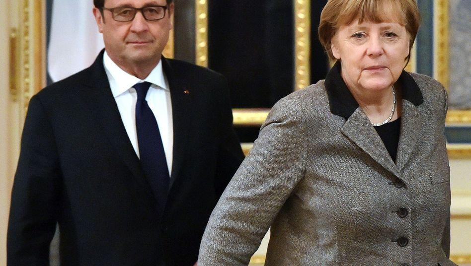 "Politiker Hollande, Merkel: ""Alles nur Show"""