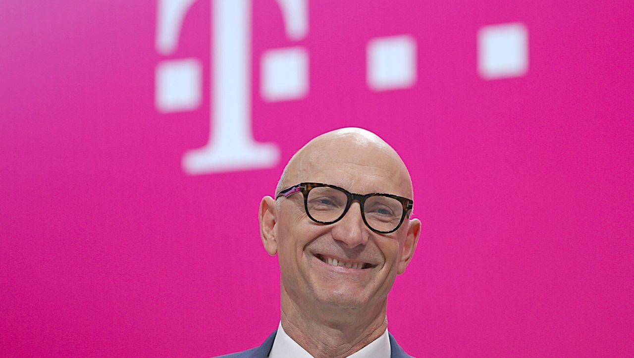 Digitale Behördenbriefe: Telekom-Chef erklärt De-Mail zum »toten Gaul« - DER SPIEGEL