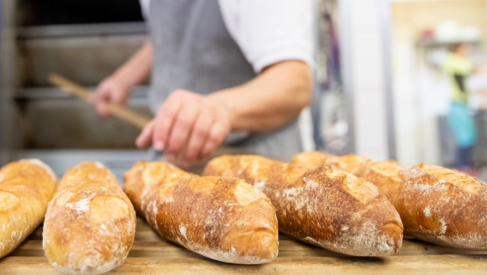 Baguettes in einer Backstube in Bayern