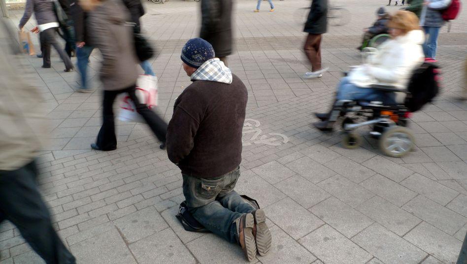 """Bettler in der Hamburger Innenstadt: """"Jeder sollte das Recht auf einen Kredit haben"""""""