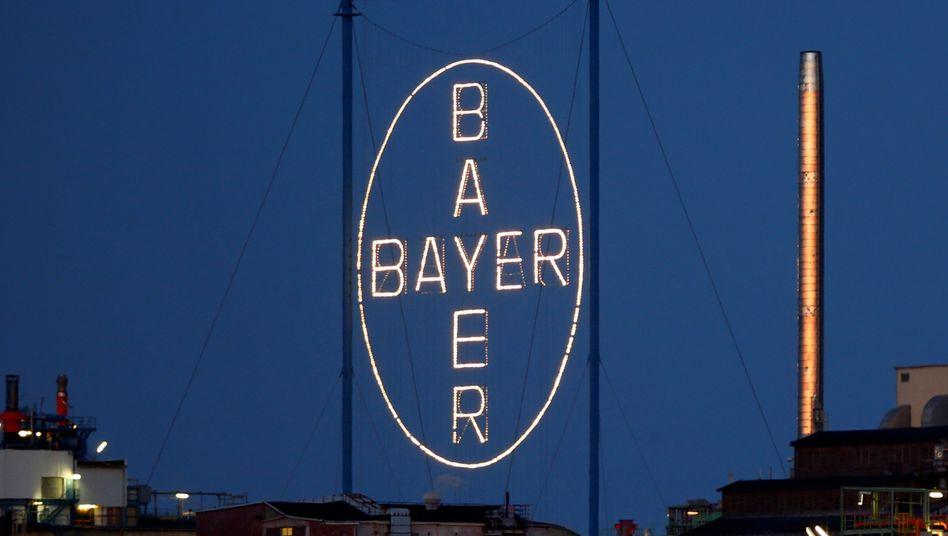 Bayer-Logo in Leverkusen: Jede Menge juristischer Ärger nach Monsanto-Übernahme